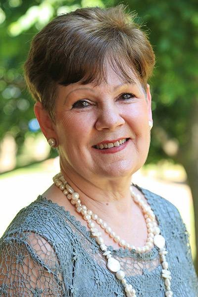 Julie Mustard